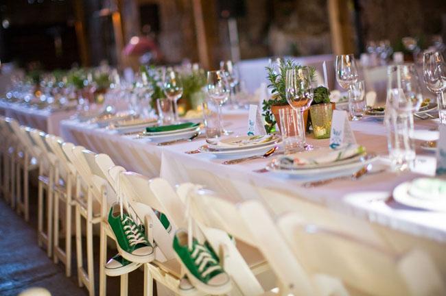 green converse at wedding