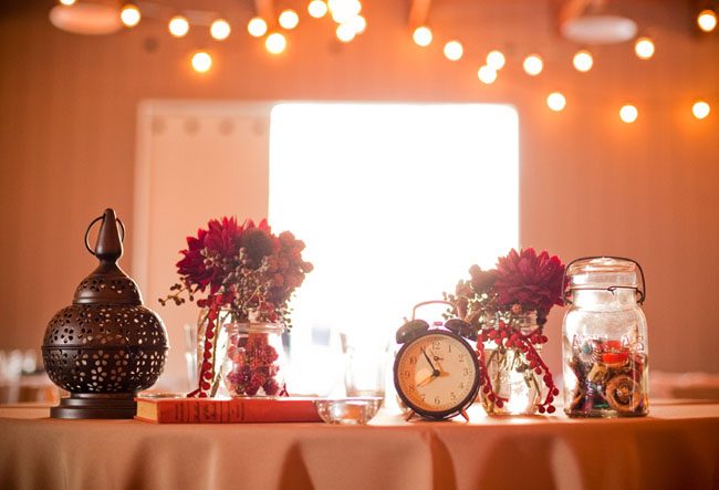 vintage reception details clock flowers