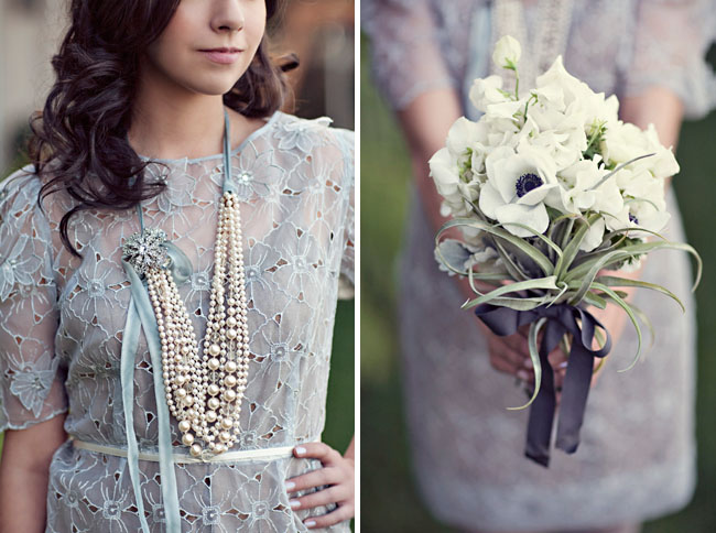 wedding necklace and bouquet
