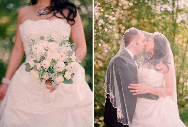 white romantic wedding bouquet