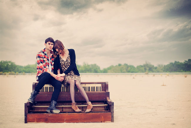 piano field engagement photos
