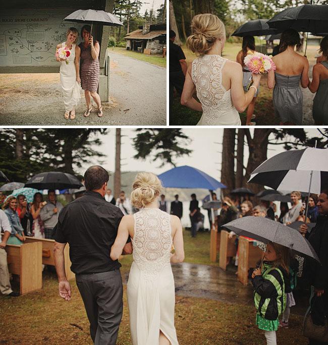 rainy wedding ceremony umbrellas