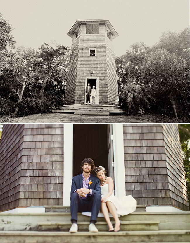 wedding couple by a lighthouse