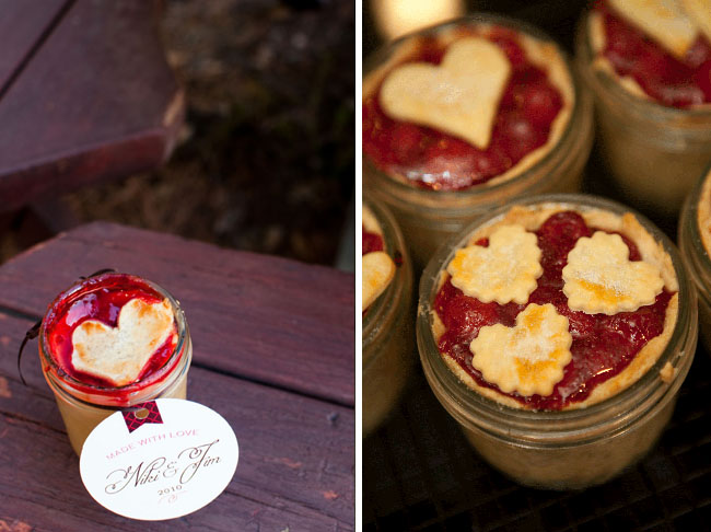 pie in  jar favors