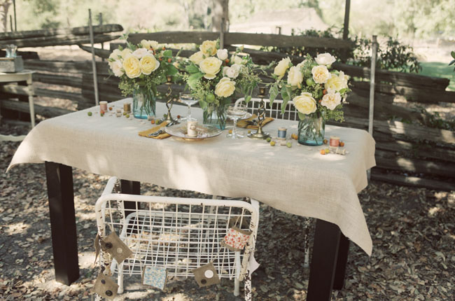 vintage rustic wedding details
