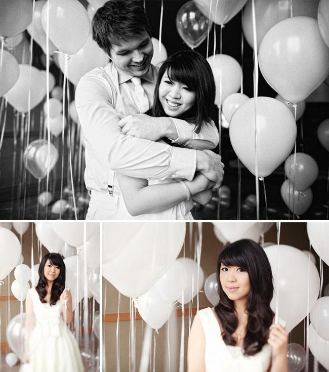 balloons-engagement-photo