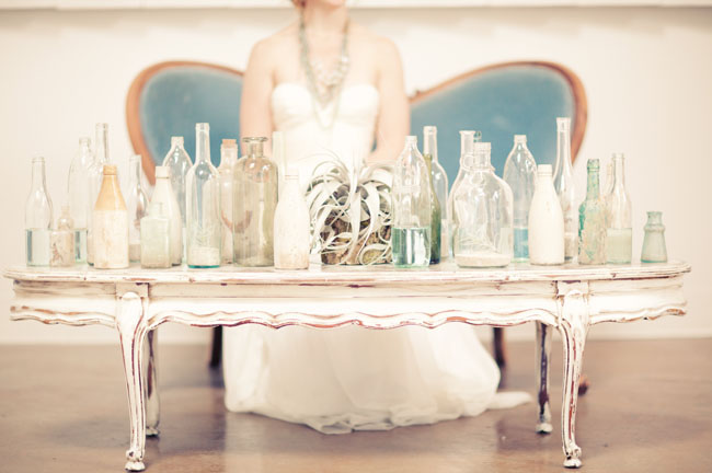 airplant and vintage bottles as wedding decor