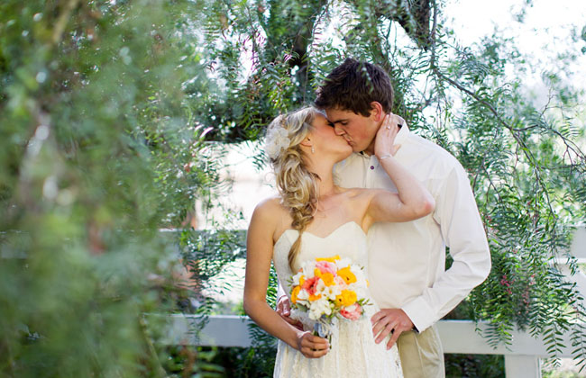 bride and groom kisssing