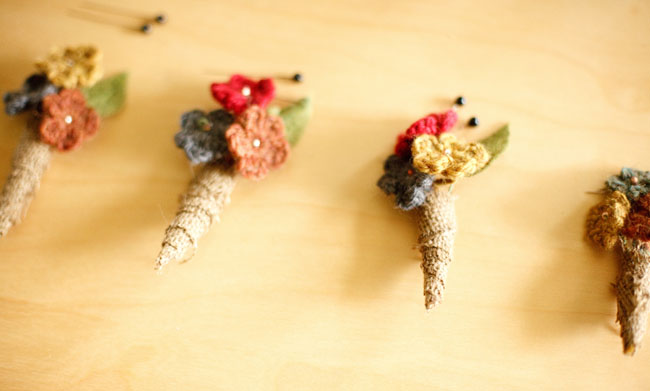 yarn boutonniere