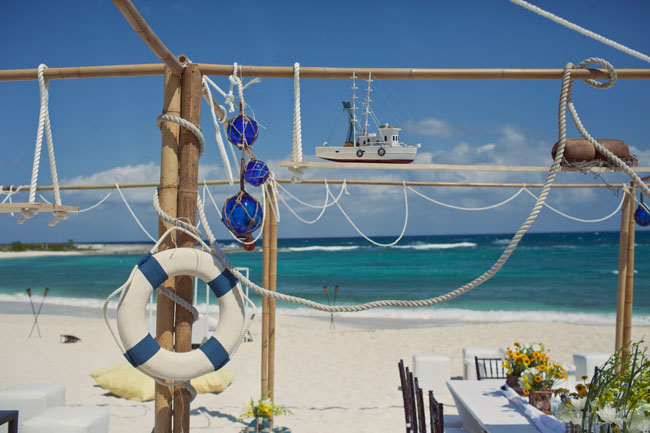 beach-wedding-ropes