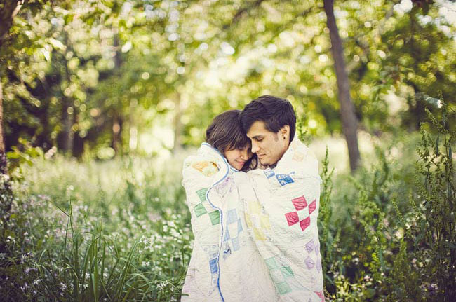 engagement photos with a blanket
