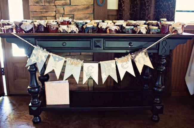 jam wedding favors table