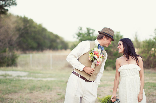 groom in fedora