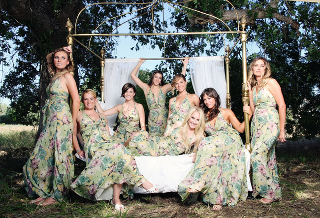 bridemaids posing together