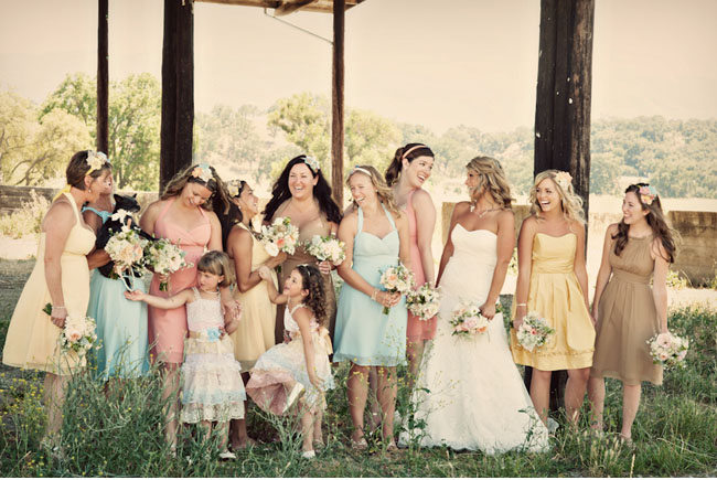 bridemaids in pastel