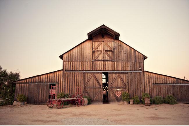 the milestone barn a rustic wedding venue in bannister michigan