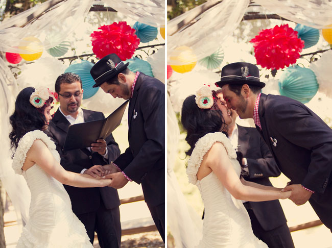 rockabilly wedding kiss