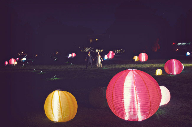 paper lanterns bride and groom