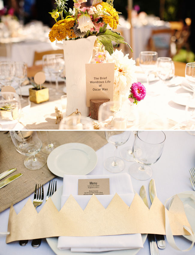 gold crown place setting