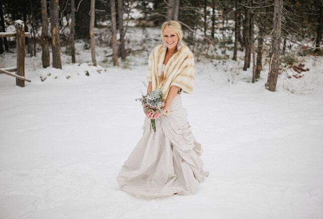A Snowy Winter Wedding Kezia Ashton