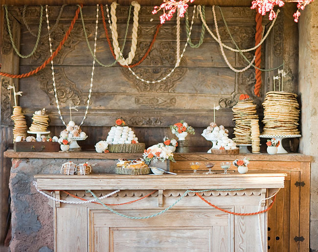 yarn garland dessert table diy