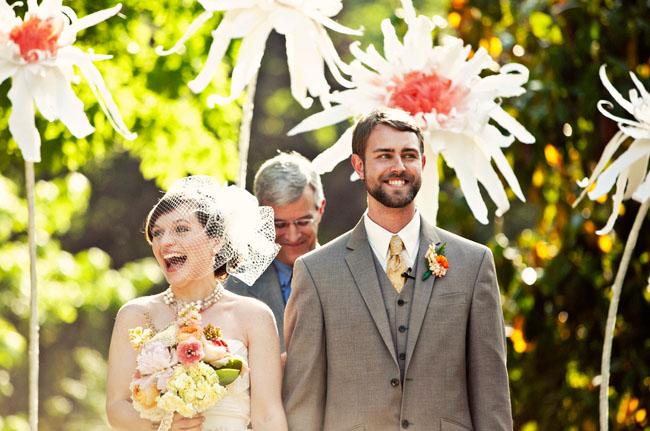 giant-paper-flower-wedding-01