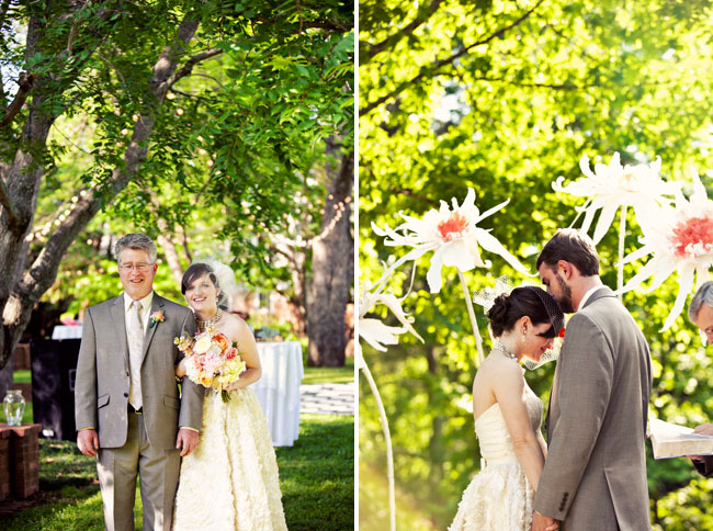 giant-paper-flower-wedding-12