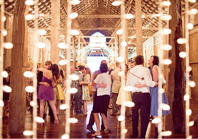 string lights barn reception