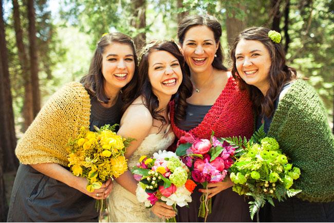 bridemaids in shawls