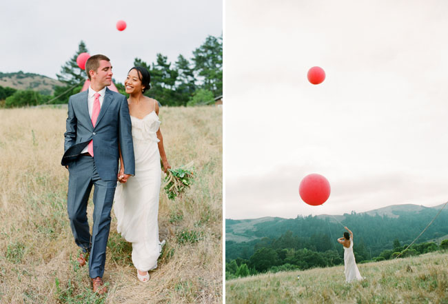 bride and groom, giant red balloons