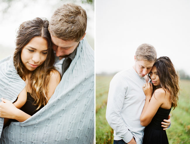 rainy-engagement-photos-01