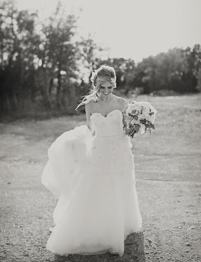bridal portrait in black and whit