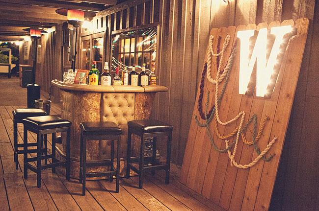 bar area, rope decor