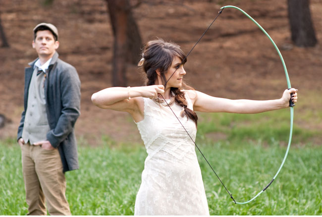 hunger games katniss bow and arrow