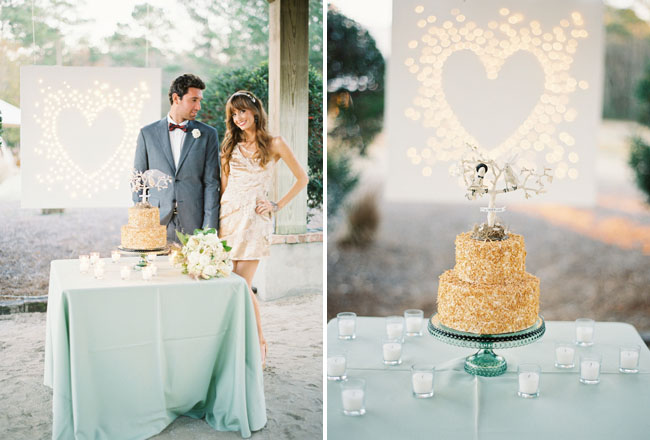 heart lights wall, wedding cake
