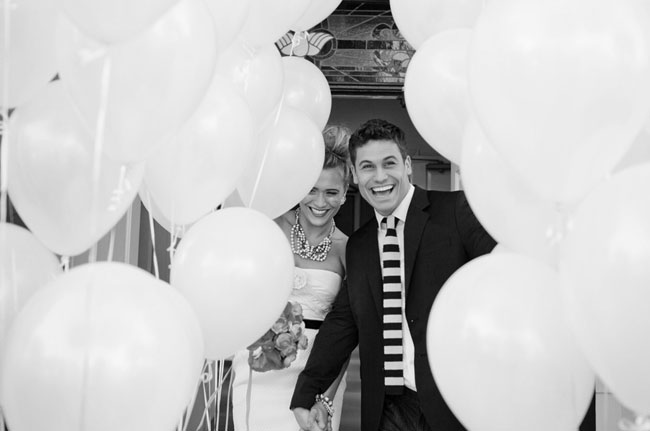 balloon tunnel wedding exit