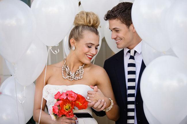 balloon tunnel wedding exit