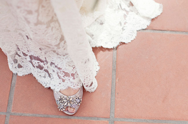 sparkle wedding shoe