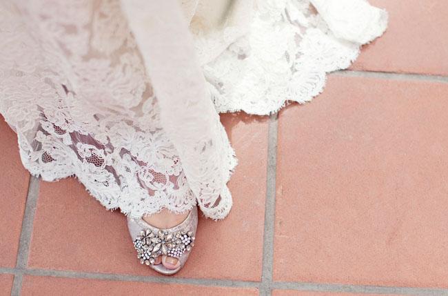 sparkle wedding shoe