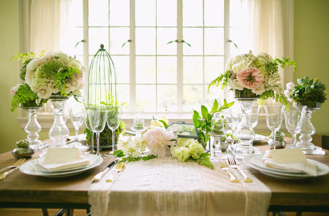 urban romance green tablescape