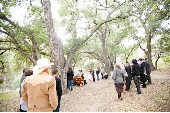 outdoor woodsy ceremony