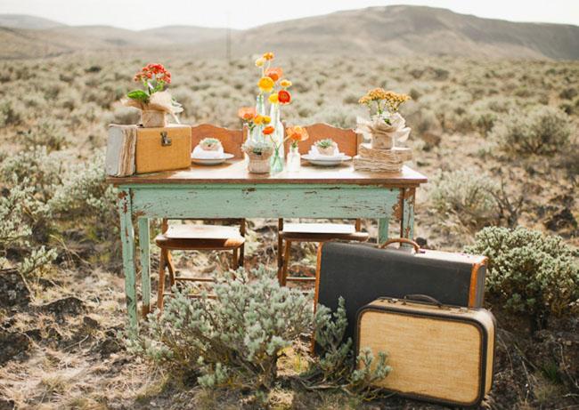 road trip elopement tablescape