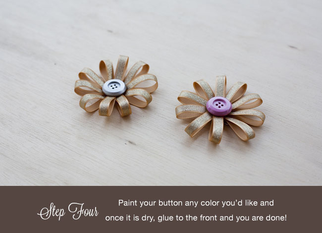 DIY fabric button boutonniere finished