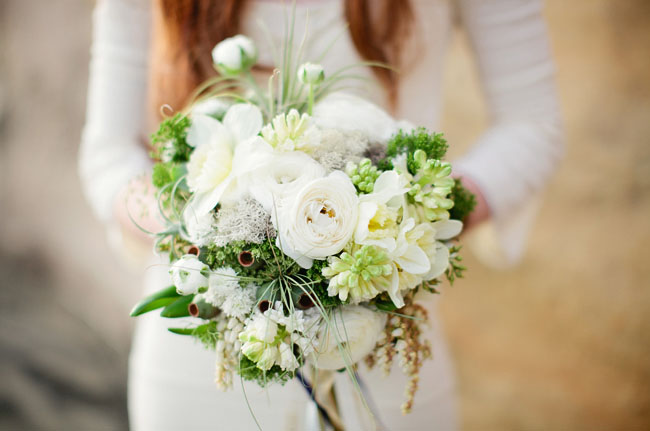 white and green beach bouquet