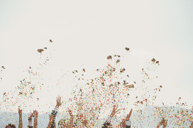 palm springs wedding confetti