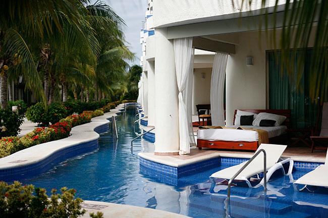 El Dorado Maroma Pool