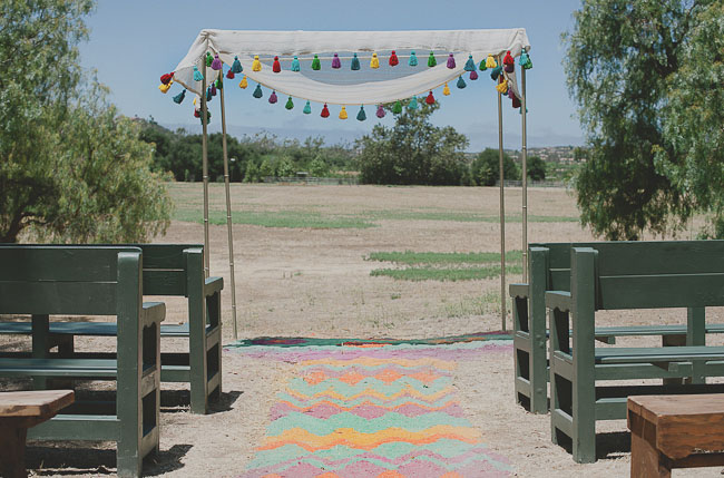 colored sand aisle runner