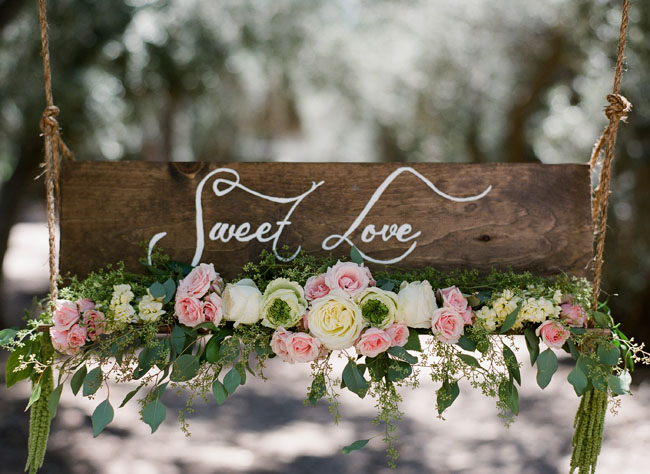 sweet love sign