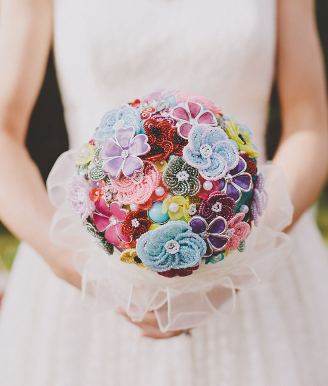 felt flower brooch bouquet