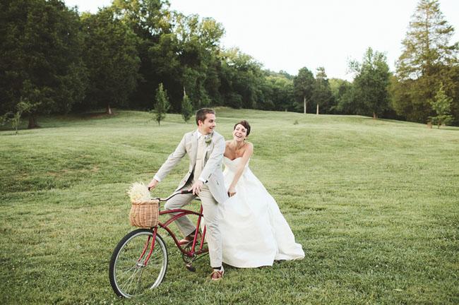bride and groom bicycle